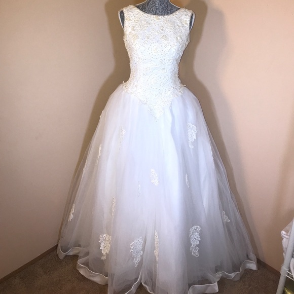 Mori Lee Dresses | Princess Cut Wedding Dress With Fingerless Gloves ...